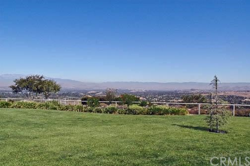 Additional photo for property listing at 15980 Summit Crest Drive  Riverside, California 92506 United States