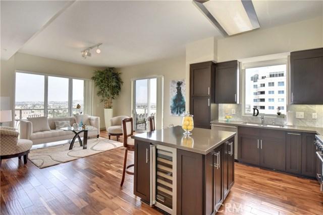 Condominium for Sale at 488 Ocean Boulevard Unit P14 488 E Ocean Boulevard Long Beach, California 90802 United States