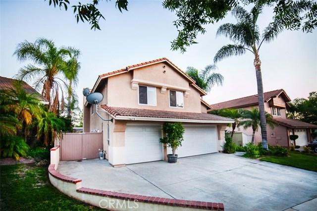 2674 Las Mercedes Circle, Corona CA: http://media.crmls.org/medias/32b47e9d-7b12-4898-954f-201864d9a259.jpg