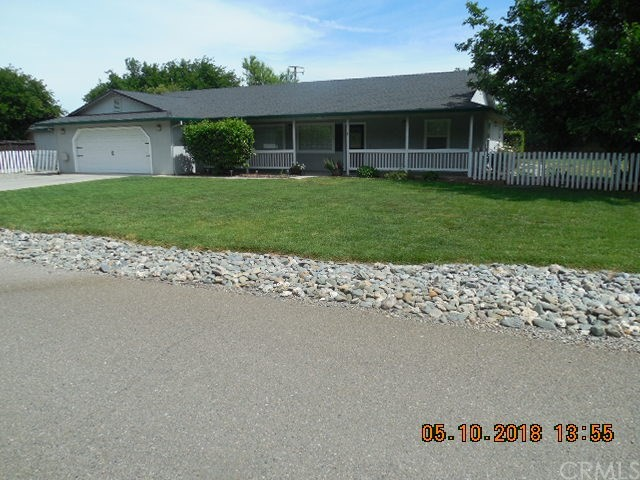 1 Krueger Court, Red Bluff CA: http://media.crmls.org/medias/32be2617-e62b-4778-bbc8-22e9e7f363c3.jpg