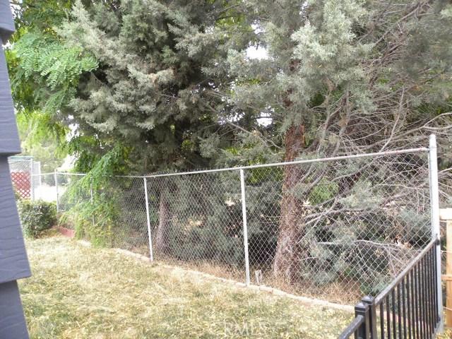 40897 Laredo, Cherry Valley CA: http://media.crmls.org/medias/32bfb230-cd58-4219-a726-cd3fd210e20d.jpg