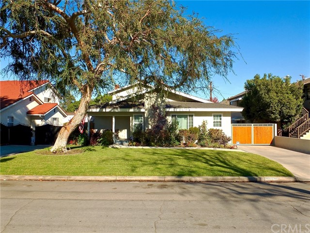 5345 E GREENMEADOW ROAD, LONG BEACH, CA 90808  Photo 3
