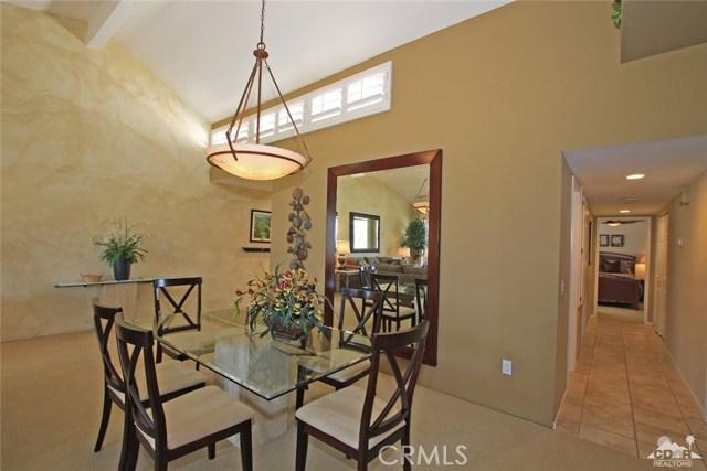 140 Avenida Las Palmas, Rancho Mirage CA: http://media.crmls.org/medias/32cd17ae-80d9-4866-b4e9-adefd5a0c09d.jpg