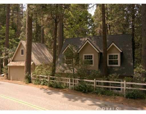 27848 Lakes Edge Road, Lake Arrowhead, CA 92352