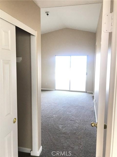 57250 Jarana Court, Yucca Valley CA: http://media.crmls.org/medias/32f676e9-a9b2-4596-b7d2-cfbe3c1076fb.jpg
