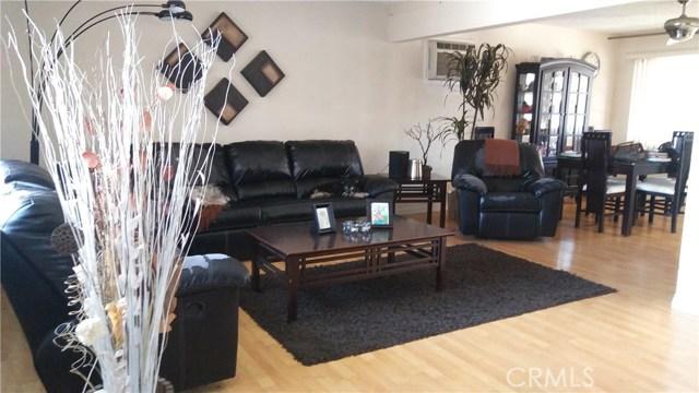 1592 Washington Avenue, Pomona CA: http://media.crmls.org/medias/3309b79d-1247-410a-8b86-d71cde77fb8b.jpg