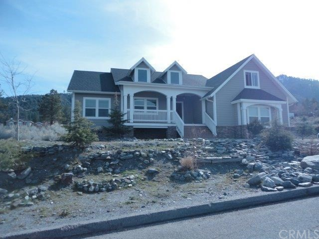 Single Family Home for Sale at 2425 Zermatt Drive Wrightwood, California 92397 United States