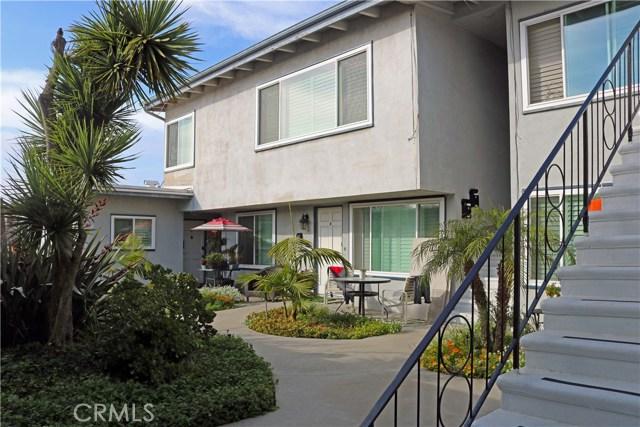 740 Manhattan Beach Boulevard, Manhattan Beach CA: http://media.crmls.org/medias/33172fa9-fda9-43d5-92e1-05c6913db058.jpg