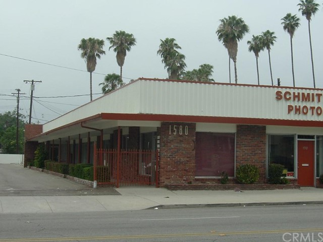 Additional photo for property listing at 1588 D N  San Bernardino, California 92405 United States