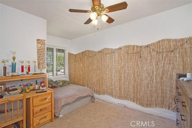 33592 Honeysuckle Lane Murrieta, CA 92563 - MLS #: SW18029716