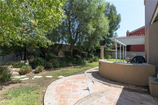 846 W Cromwell Street, Rialto CA: http://media.crmls.org/medias/3329af97-078f-48fc-af50-0ca990011ef0.jpg