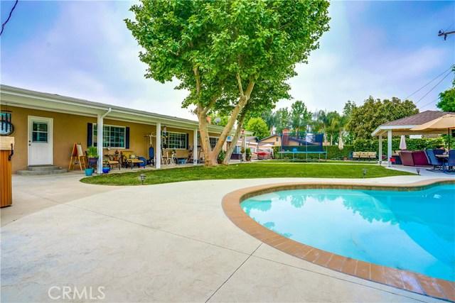 163 S Hacienda Avenue, Glendora CA: http://media.crmls.org/medias/3333b5d6-8037-4579-bef8-1736ca4b4394.jpg