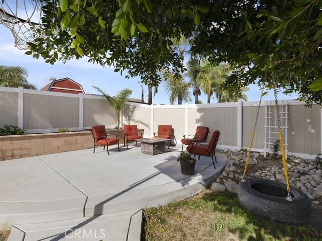 10169 Woodbridge Lane, Riverside CA: http://media.crmls.org/medias/33376b43-ad75-4a37-9402-11608236f9ef.jpg