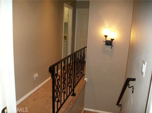 13328 Citicourt Lane, Whittier CA: http://media.crmls.org/medias/3340bc2f-3395-4fdf-ba9f-bbad0bea302f.jpg