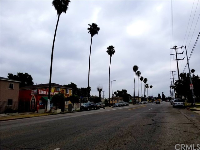 11810 Figueroa St, Los Angeles, CA 90061 Photo 2
