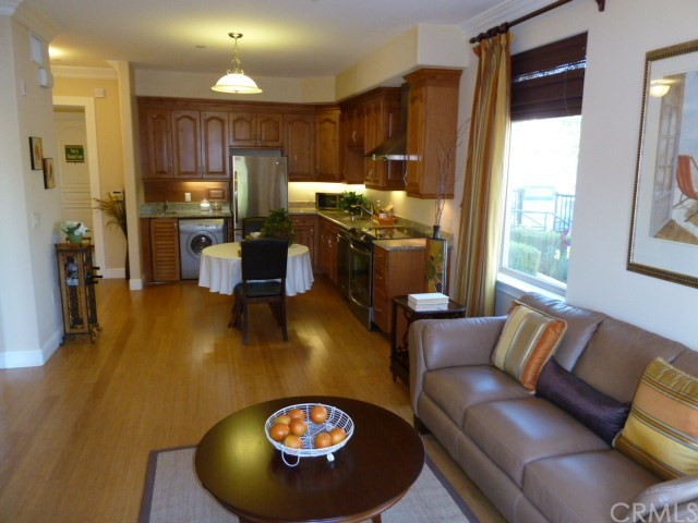 Additional photo for property listing at 13798 Roswell Avenue  Chino, California 91710 United States