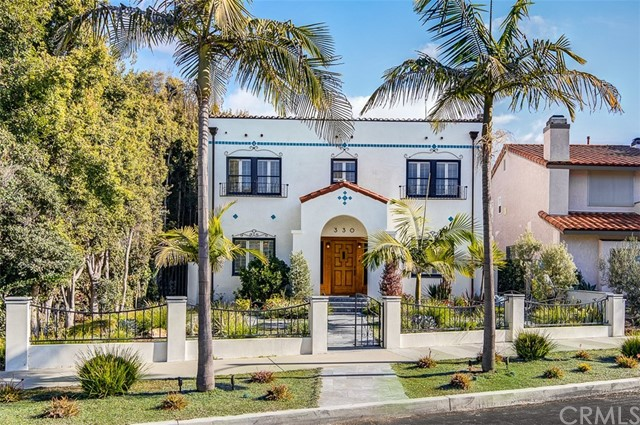 Photo of 330 Crest Avenue, Huntington Beach, CA 92648