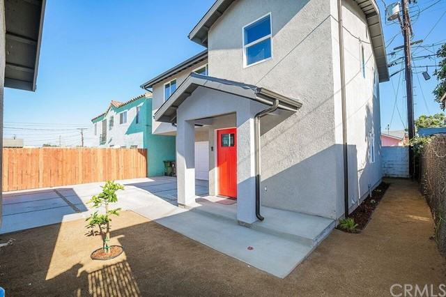1230 W 84th Street Los Angeles, CA 90044 - MLS #: DW18141291