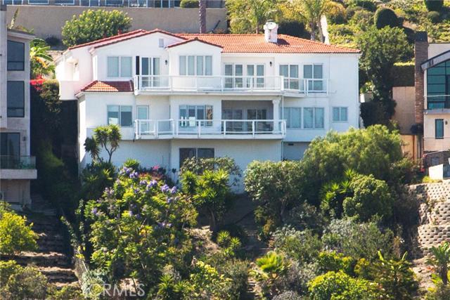 Single Family Home for Sale at 1527 Tahiti Avenue Laguna Beach, California 92651 United States
