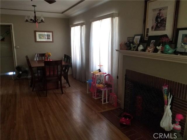 8951 Dorothy Avenue, South Gate CA: http://media.crmls.org/medias/338995f6-ad8f-4221-ae38-2d5fad012f06.jpg