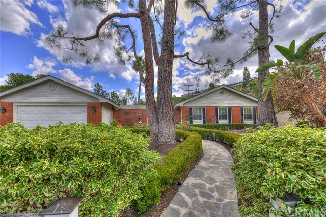 10542 Shadyridge Drive North Tustin, CA 92705 is listed for sale as MLS Listing PW15207288
