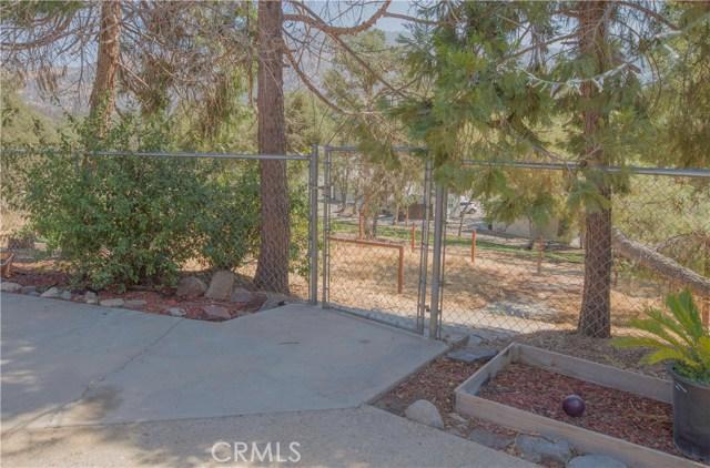 35343 Hopewell Road, Squaw Valley CA: http://media.crmls.org/medias/33af6e3c-352d-4387-b1f0-3bdb5bb03d04.jpg