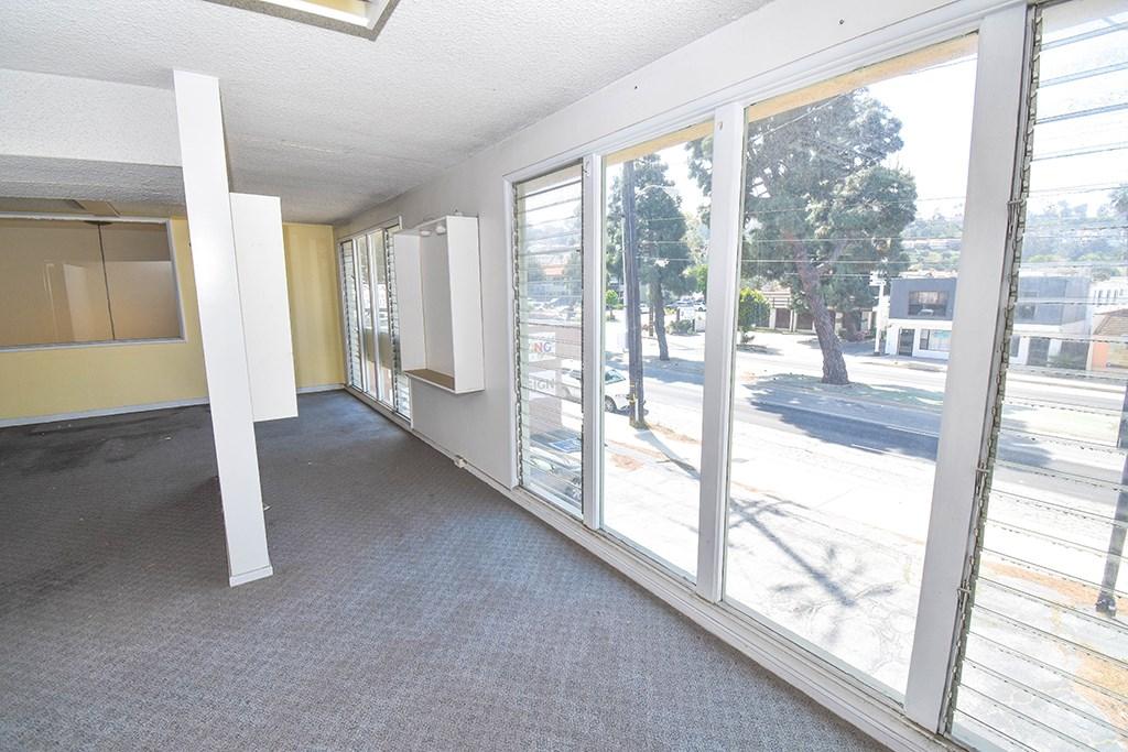 24226 Hawthorne Boulevard Unit 5 Torrance, CA 90505 - MLS #: SB18076865