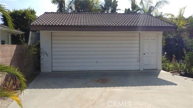9322 Tweedy Lane, Downey CA: http://media.crmls.org/medias/33d1987e-13b9-479b-ab53-cf282206dc14.jpg