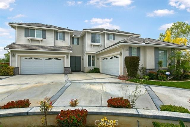 17128 Hidden Trails Lane, Riverside CA: http://media.crmls.org/medias/33df914d-9fba-4317-b47f-0773201cb664.jpg
