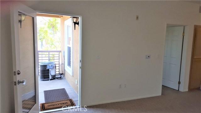 3550 Torrance Boulevard, Torrance CA: http://media.crmls.org/medias/33e1584e-fcc5-4056-8520-71fee1847bb7.jpg