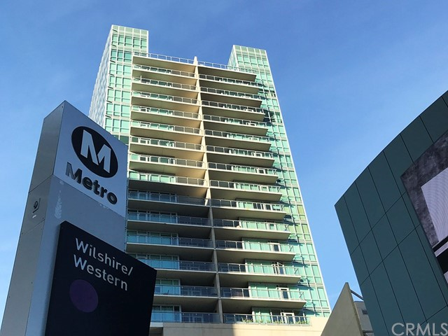 Wilshire Bl, Los Angeles, CA 90010 Photo 18