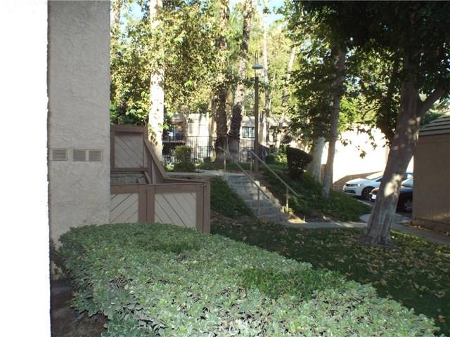 600 Central Avenue, Riverside CA: http://media.crmls.org/medias/33edbd12-80f5-4717-8161-9871055f72e9.jpg