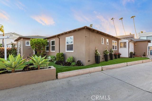 21 Florence Walk, Long Beach CA: http://media.crmls.org/medias/33f56494-eaf0-49c5-a55e-406ecab01e71.jpg