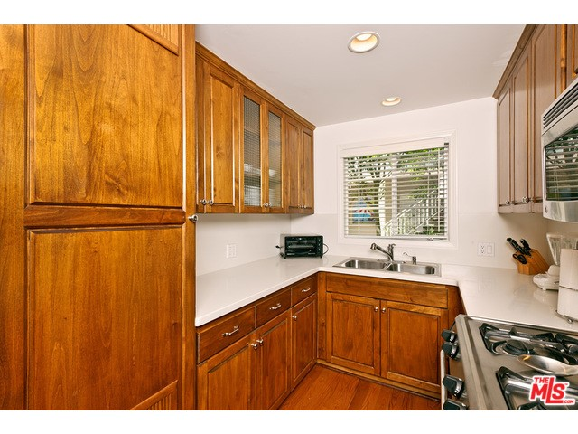135 Montana Ave 2Bed2Bath, Santa Monica, CA 90403 thumbnail 5