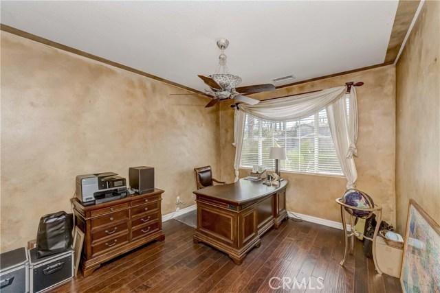 685 Noble Rd., Simi Valley CA: http://media.crmls.org/medias/33fad3a0-737b-435b-a2f9-d8632eef4db2.jpg