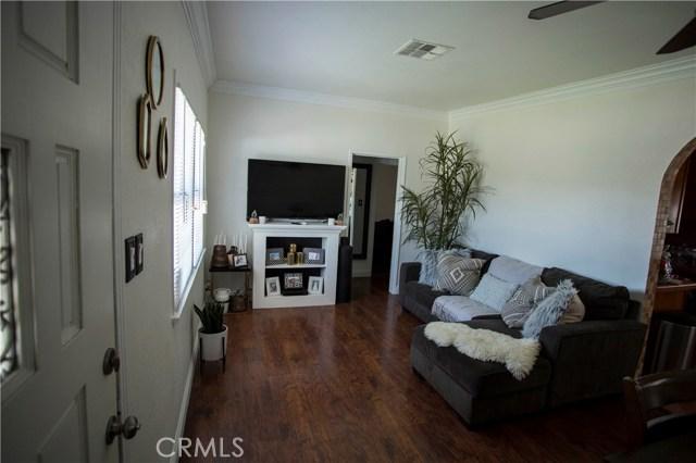 8921 Shoemaker Avenue, Whittier CA: http://media.crmls.org/medias/33fe7c13-2336-4f61-b5ff-c7d7235cdd2e.jpg