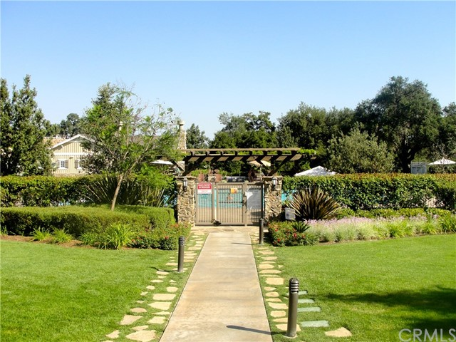 26931 Lemon Grass Way, Murrieta CA: http://media.crmls.org/medias/34098d36-68b3-4bc6-838c-9cf1cc0395dd.jpg