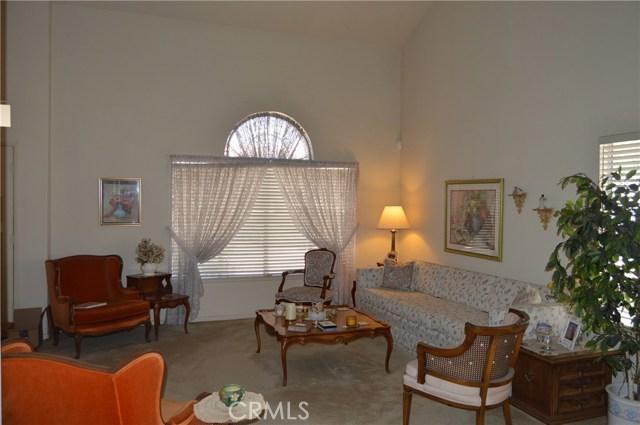 35610 Balsam Street, Wildomar CA: http://media.crmls.org/medias/340bf012-2c83-43d8-bcf1-d4086e9b0c92.jpg