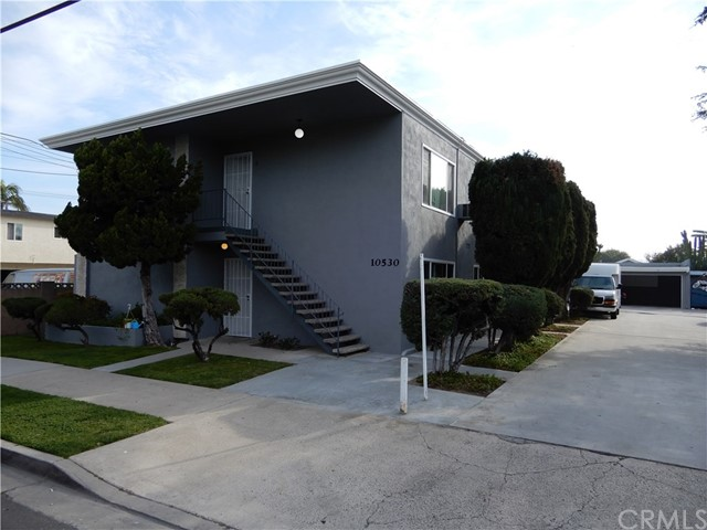 Combo - Residential and Commer for Sale at 10530 Bell Street Stanton, California 90680 United States