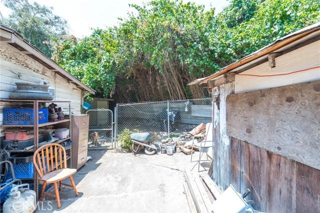 5565 34th Street, Riverside CA: http://media.crmls.org/medias/34120f06-da4c-4707-9a69-6ce0850401d2.jpg
