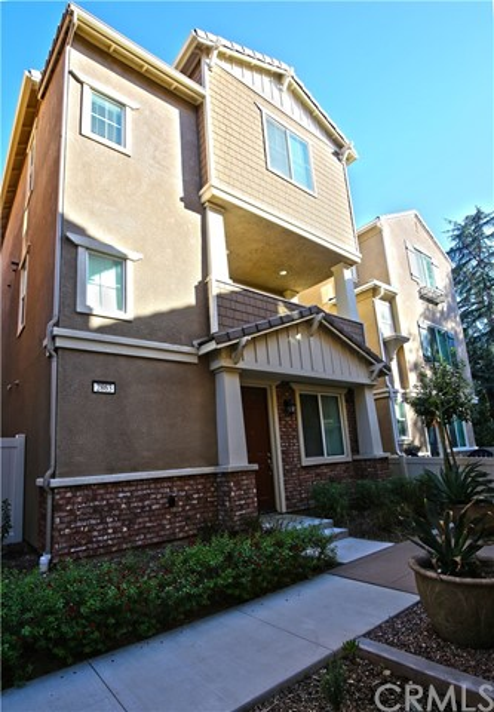 2863 Cedar Lane, Los Angeles, California 91767, 3 Bedrooms Bedrooms, ,2 BathroomsBathrooms,Townhouse,For sale,Cedar,AR20239672