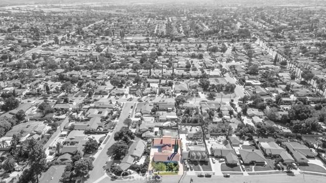 624 Lancer Lane, Corona CA: http://media.crmls.org/medias/343209d7-a2ec-4298-b017-dfd4f3377298.jpg