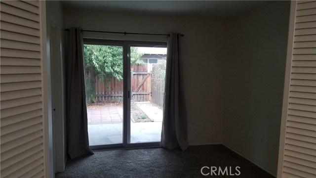 1462 Everton Place, Riverside CA: http://media.crmls.org/medias/34424747-21fc-4935-87fe-9fd7256902d3.jpg