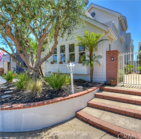 , CA  is listed for sale as MLS Listing OC18183063