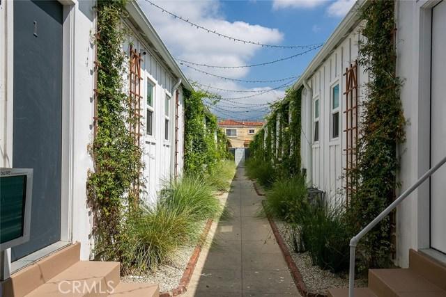1837 E Colorado Boulevard, Pasadena CA: http://media.crmls.org/medias/3442e858-633c-4c40-9ff9-b7aeabac3af1.jpg