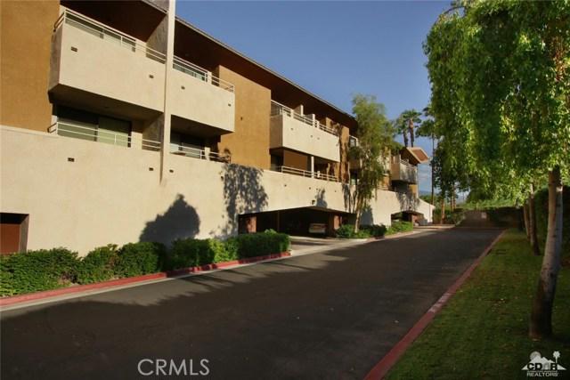 464 Calle Encilia, Palm Springs CA: http://media.crmls.org/medias/344e3f8b-fc37-4b5e-a7fb-3ef3f9363ede.jpg
