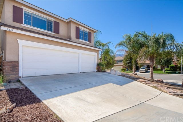 3249 Ivy Court Lake Elsinore CA 92530