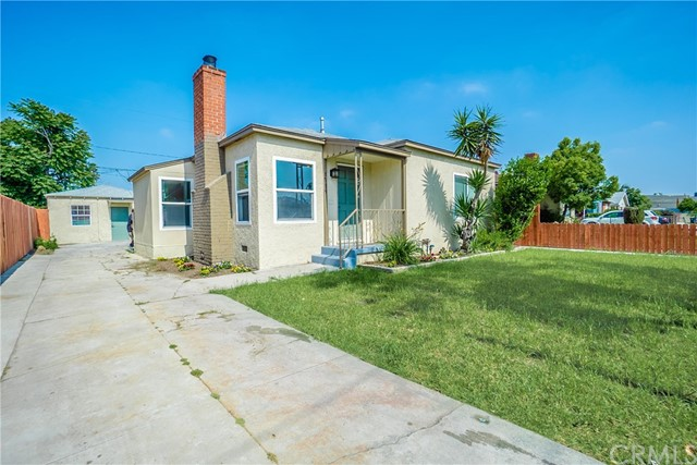 1719 N Mcdivitt Avenue, Compton CA: http://media.crmls.org/medias/3458b800-13c6-4ff3-952c-e373f68a5501.jpg