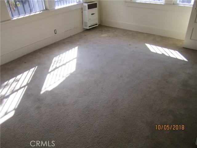 1844 West 38th Place, Los Angeles CA: http://media.crmls.org/medias/345f8529-92f6-4675-8e9b-510ef8f73ef1.jpg