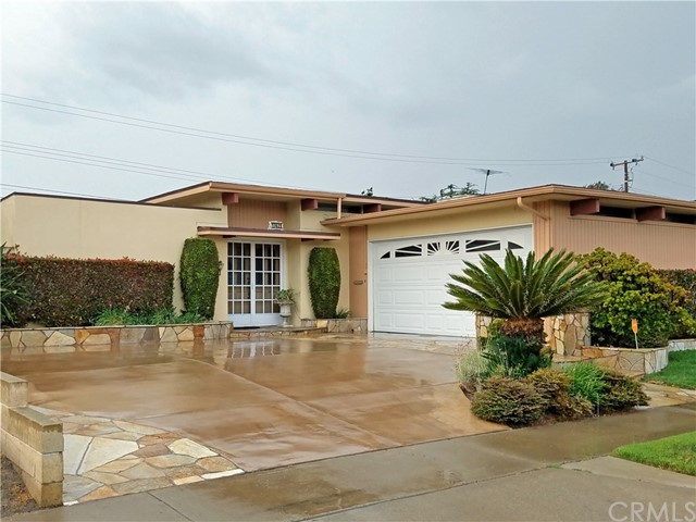 , CA  is listed for sale as MLS Listing OC17205711